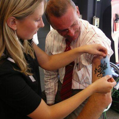Airbrush Tattoos Anlage Vermietung Schmerzfrei