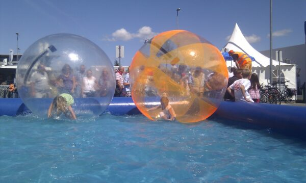 Aquaballs Wasserball Buchen Wasserspass Pool