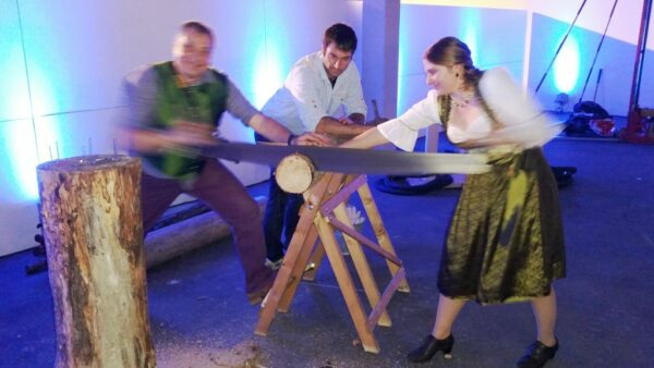 Baumstammsägen bayrisch mieten Oktoberfestolympiade