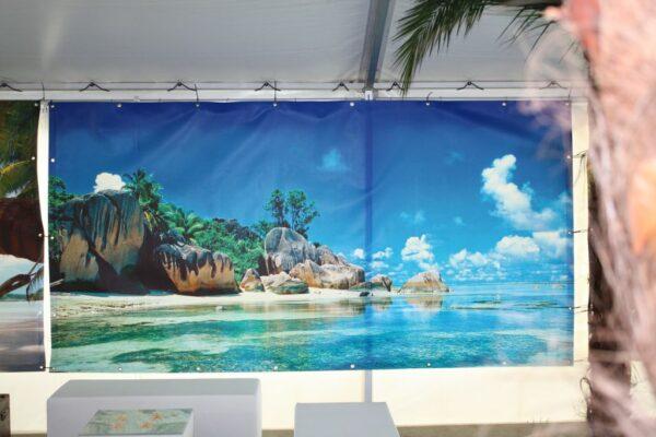 Beachparty Dekovorhang Felsenstrand Kundenfeier Vermietung