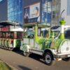 City Bahn Jumbo grün weiß Straßeneisenbahn mieten Gewerbeschau
