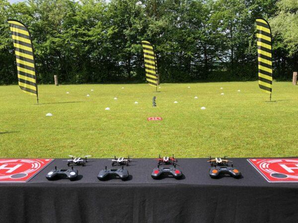 Drohnen Rennen mit Mini Fun Drohnen mieten innovative Event Ideen