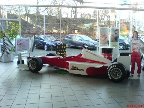 Formel 1 Rennsimulator rot weiss mieten Toyota