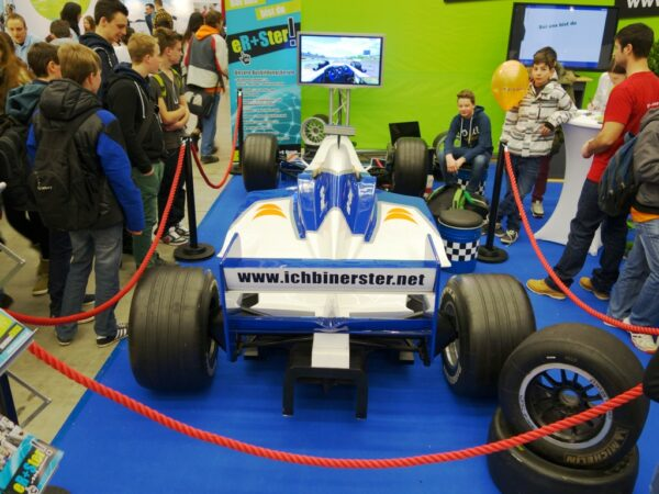 Formel 1 Simulator blau weiss mieten
