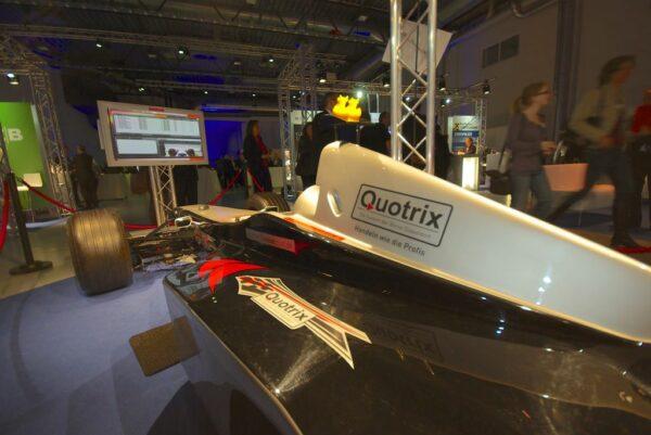 Formel 1 Simulator schwarz silber F1 Roadshow