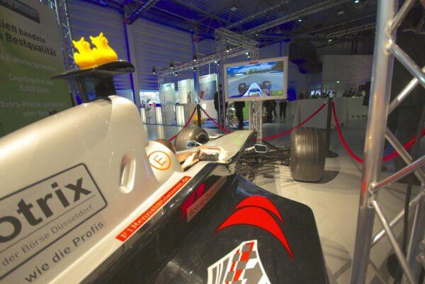 Formel 1 Simulator schwarz silber Replika in Originalgrösse