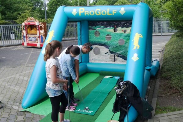 Golf Simulator Pro-Golf-Driving-Range mieten