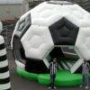 Hüpfburg Fussball XXL 6 Meter Blickfang und Eye Catcher