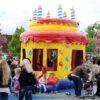 Hüpfburg Geburtstagstorte mieten Kindergeburtstag