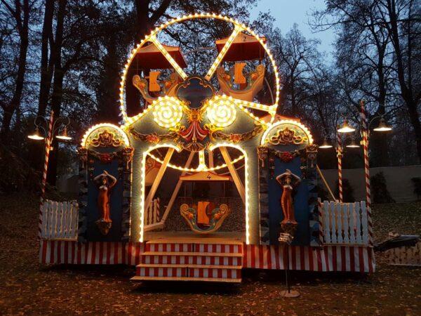 Kinder Riesenrad nostalgische Wolkenreise mieten Weihnachtsmarkt Regensburg Schloss Thurn und Taxis