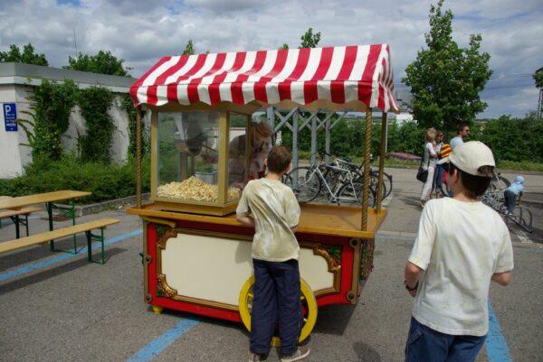 Marktwagen als Popcornwagen mit Stauraum