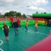 Menschenkicker XL Spielfeldumrandung aufblasbar mit optionaler Bodenplane in Spielfeldoptik