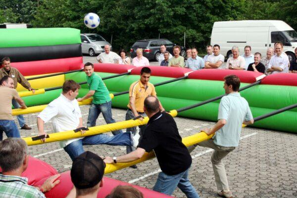 Menschenkicker XL mieten Human Table Soccer