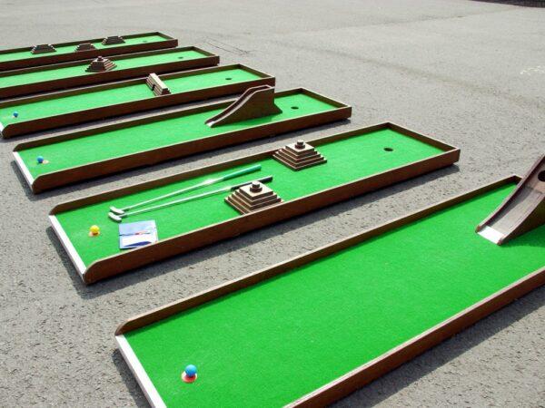 Mobile Minigolfanlage Minigolfbahnen mieten