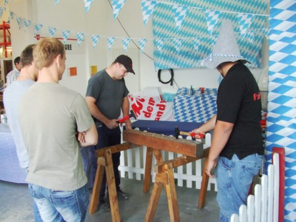 Nagelbalken bayrisch mieten Nagelwettbewerb