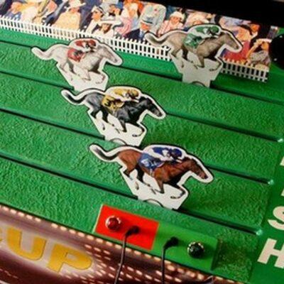 Pferdederby mieten Pferderennspiel 4 Spieler