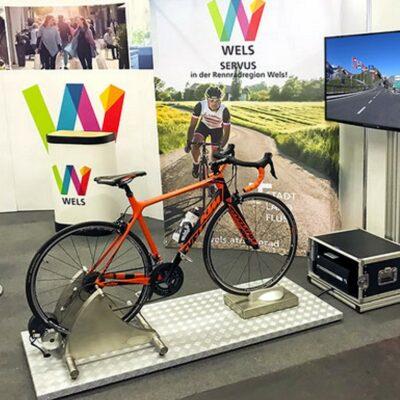 Rennradsimulator Einzelmodul mieten Messestand kompaktes Design
