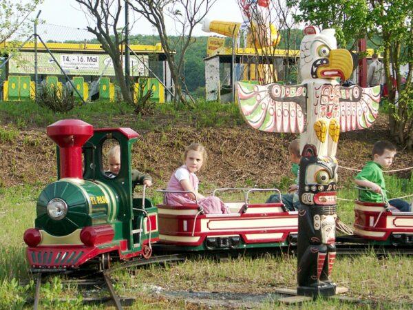 Schieneneisenbahn Kindertraumlandexpress Schienenbahn für Kinder mieten