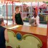 Spieleinsatz Milchkübelwerfen mieten bayrische Olympiade