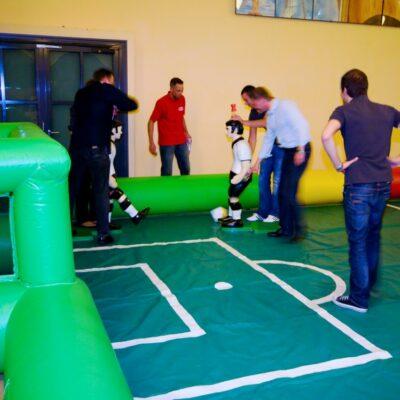 Tipp Kick XXL Turnier mieten mit Figuren und Spielfeld
