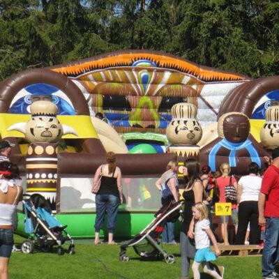 Voodoo Funpark Abenteuerhüpfburg Hüpfburg Western Party