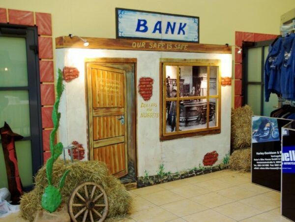 Western Dekowand Bank mieten Westernparty